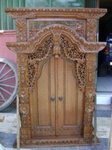 Jendela Gebyok Pintu Kayu