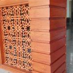 ornamen dinding kayu jati