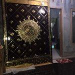 Pintu jati berlapis kuningan