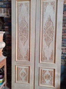 Pintu panil ukir desain terbaru
