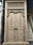 gapuro 2 pintu kuno antik