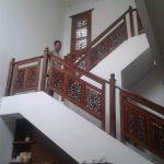 Ralling tangga ukir kayujati